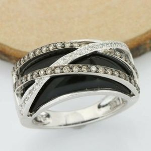 14KT SOLID WHITE GOLD 7 GRAMS